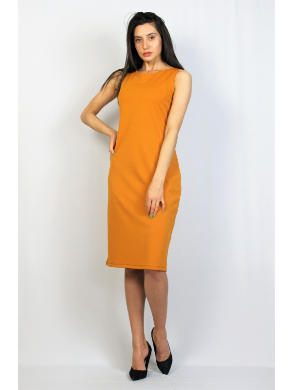 Права рокля тъмно жълто