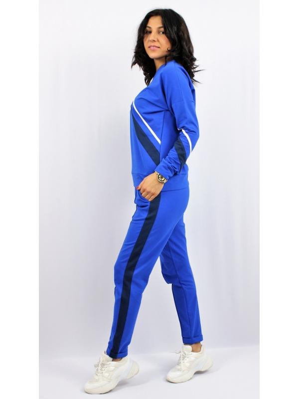 Комплект панталон и блуза с кантове кралско синьо