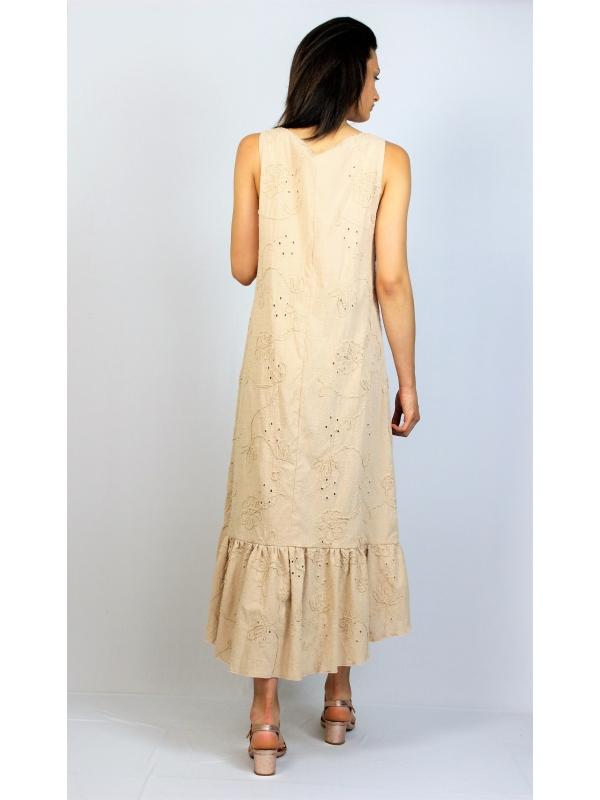 Асиметрична рокля  рязана бродерия